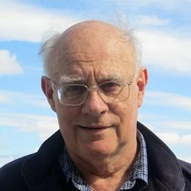 Angus MacIntyre