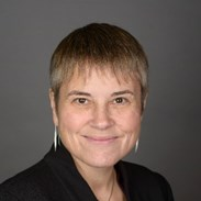 Ms Carole Willis
